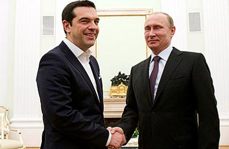 Премьер-министр Греции Алексис Ципрас и президент России Владимир Путин (слева направо) во время встречи в Кремле, Москва, 8 апреля 2015.