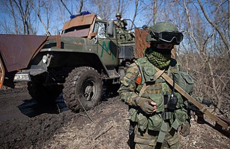 Военнослужащие ДНР на полигоне в окрестностях Донецка.