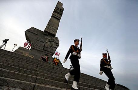 Памятник защитникам Вестерплатте в Гданьске.