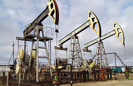 Станки-качалки на нефтепромысле компании «Сургутнефтегаз».