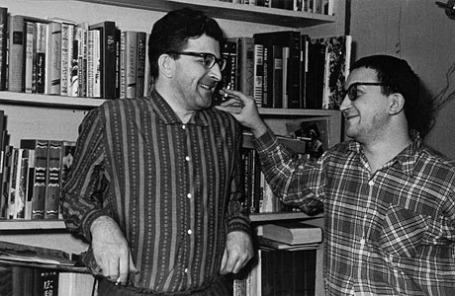 Аркадий и Борис Стругацкие, 1965 год.