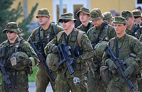 Литовские военнослужащие.