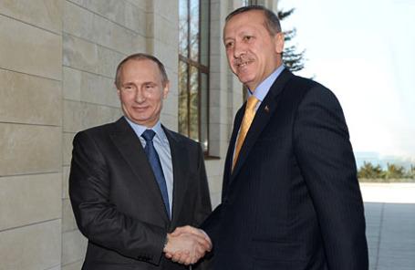 Президент России Владимир Путин (слева) и президент Турции Реджеп Тайип Эрдоган.