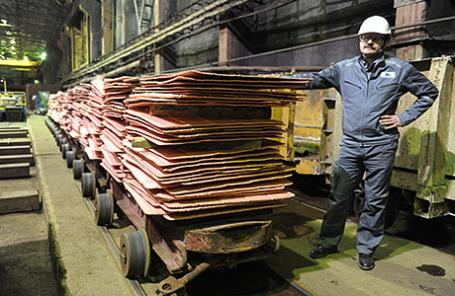 Медный завод горно-металлургической компании.