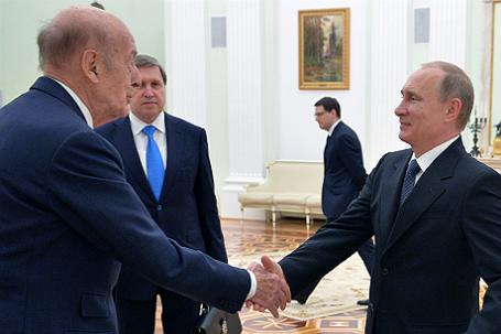 Встреча президента РФ Владимира Путина с экс-президентом Франции Валери Жискар д' Эстеном в Кремле.