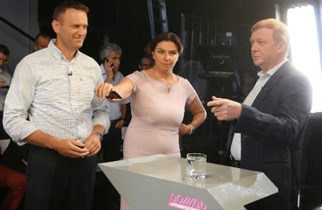 Дебаты Анатолия Чубайса и Алексея Навального на телеканале