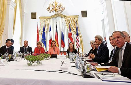 Участники переговоров по иранской ядерной программе в Вене, Австрия, 6 июля 2015.