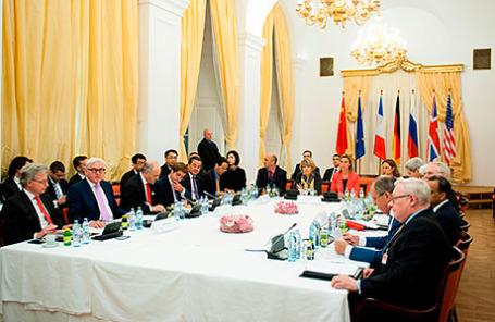 Главы МИД стран  «шестерки» на переговорах по ядерной программе Ирана в Вене.