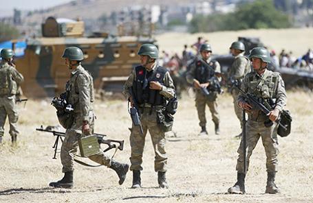 Турецкие военнослужащие.