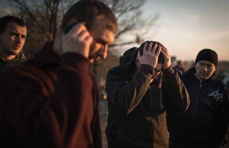 Обмен военнопленными между украинской армией и ополченцами ЛНР в районе города Счастье.
