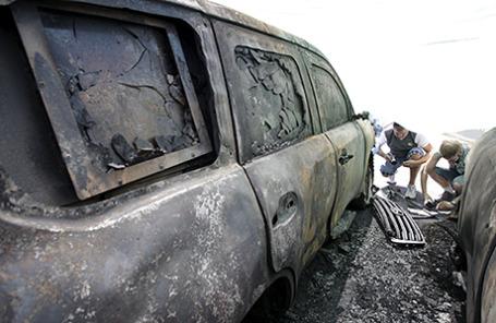 Сожженная машина ОБСЕ в Донецке, 9 августа 2015.