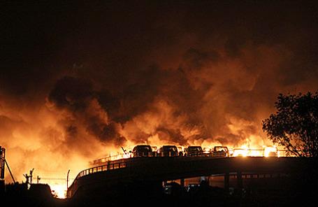 Взрыв на складе в Тяньцзине, Китай, 13 августа 2015.