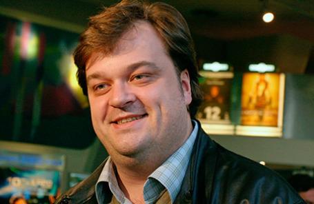 Спортивный комментатор Василий Уткин.