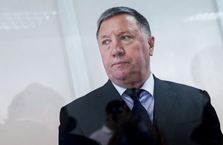 Бывший главнокомандующий Сухопутных войск РФ Владимир Чиркин, обвиняемый в получении взятки, во время оглашения приговора в Московском гарнизонном суде.