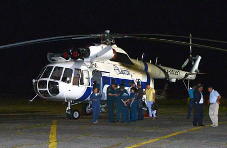 Вертолет МЧС, доставивший пострадавших при крушении вертолета Ми-8 в Хабаровском крае.