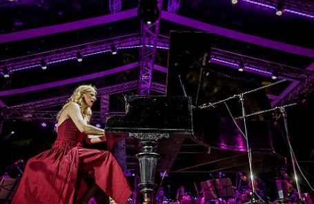 Концерт-реквием пианистки Валентины Лисицы в Донецке.