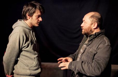 Режиссер Илья Найшуллер и продюсер Тимур Бекмамбетов (слева направо) во время съемок фильма «Хардкор».