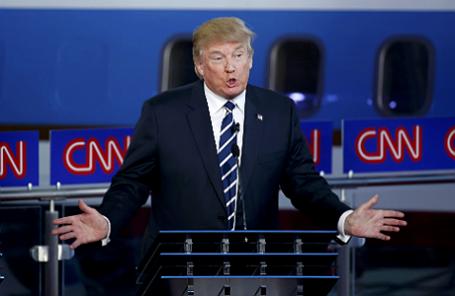 Кандидат в президенты США от Республиканской партии и бизнесмен Дональд Трамп выступает во время теледебатов на канале CNN.