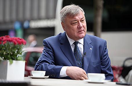 Старший вице-президент ОАО «РЖД» Валентин Гапанович.