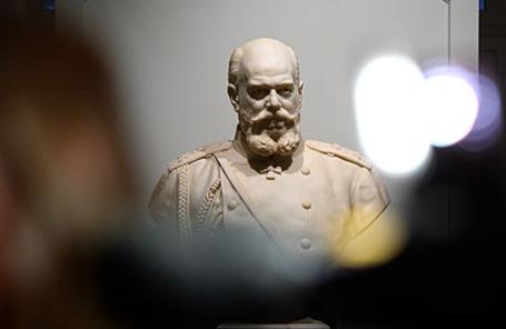 Бюст Александра III работы скульптора Роберта Баха.