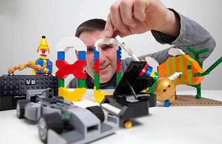 Компания LEGO сообщила, что на каждого жителя Земли приходится по 80 кирпичиков конструктора.