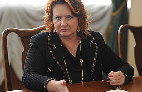 Елена Скрынник.