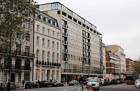 Здание, с 8 этажа которого упал Пол Ангад. Лондон, Великобритания.