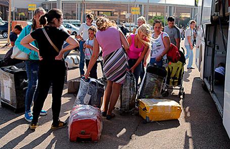 Туристы в аэропорту Шарм-эль-Шейха.