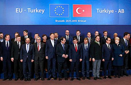 Участники саммита ЕС в Брюсселе, Бельгия, 29 ноября 2015.