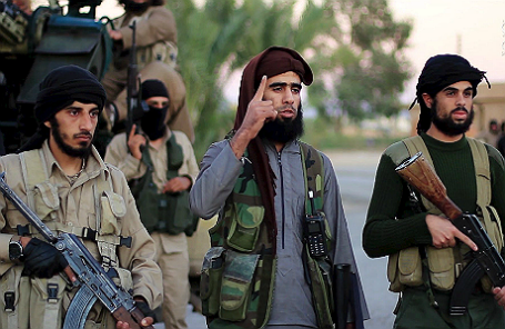 Кадр из видеообращения боевиков «Исламского государства».