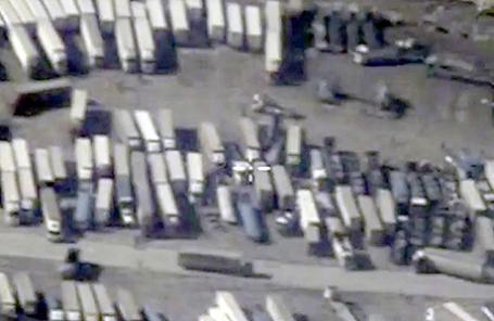 Нефтевозы на сирийско-турецкой границе.