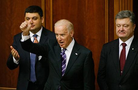 Вице-президент США Джозеф Байден и президент Украины Петр Порошенко.