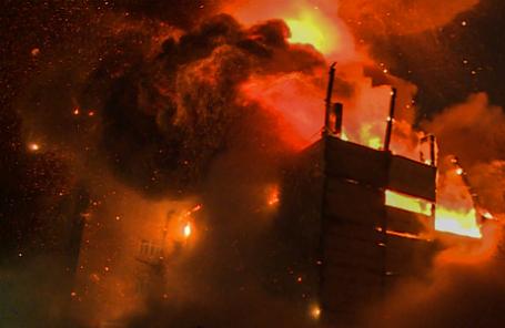 Пожар на территории Тушинского машиностроительного завода.