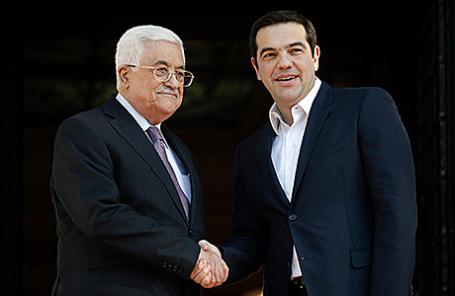 Глава палестинской национальной администрации Махмуд Аббас и премьер-министр Греции Алексис Ципрас в Афинах, 21 декабря 2015.