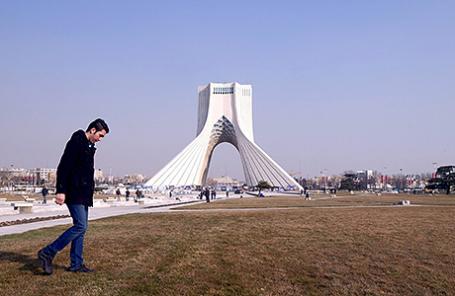 Площадь Азади в Тегеране, Иран.
