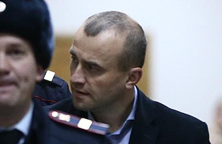 Бывший директор аэропорта Домодедово Вячеслав Некрасов (на втором плане).