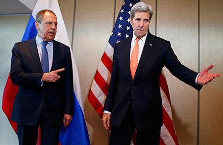 Глава МИД России Сергей Лавров (слева) и Госсекретарь США Джон Керри.