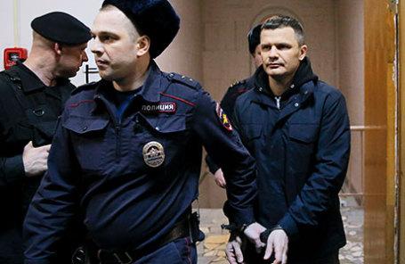 Владелец аэропорта «Домодедово» Дмитрий Каменщик, обвиняемый по по делу о теракте в «Домодедово» в январе 2011 года, во время рассмотрения ходатайства следствия в Басманном суде.