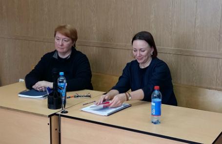 Светлана Тимонина (слева) и ее адвокат Лариса Каштанова.