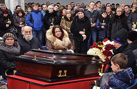 Похороны горняков, погибших 25 февраля на шахте «Северная» в Воркуте, Россия, 29 февраля 2016.