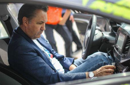 Президент ОАО «АВТОВАЗ» Бу Андерссон во время презентации новых моделей автомобилей Lada Vesta и Lada Xray.