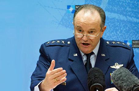 Главнокомандующий Объединенными вооруженными силами НАТО в Европе Филип Бридлав.