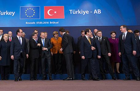 Участники саммита ЕС в Брюсселе, Бельгия, 7 марта 2016.