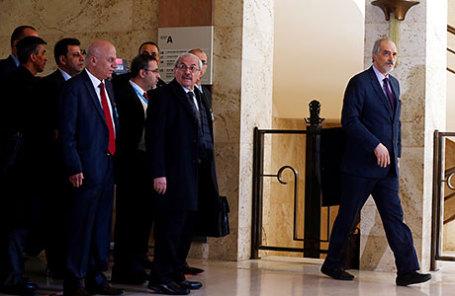Глава сирийской делегации Башар аль-Джафари в Женеве.