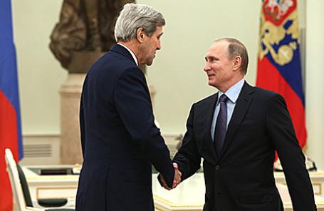 Госсекретарь США Джон Керри и президент России Владимир Путин (слева направо).