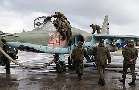 Российские военные на авиабазе Хмеймим в Сирии.