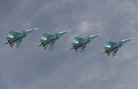 Бомбардировщики Су-34.