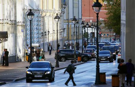 Большая Никитская улица.
