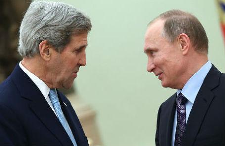 Президент России Владимир Путин и госсекретарь США Джон Керри во время встречи в Кремле.