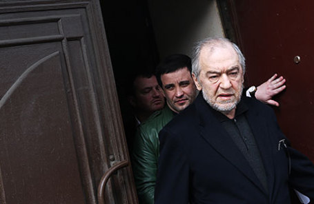 Предприниматель Левон Айрапетян (справа) .